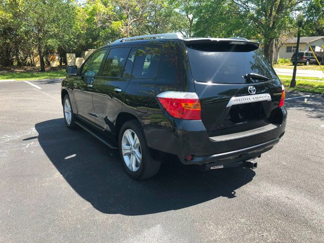2010 Toyota Highlander FWD 4dr V6  Limited - Click to see full-size photo viewer