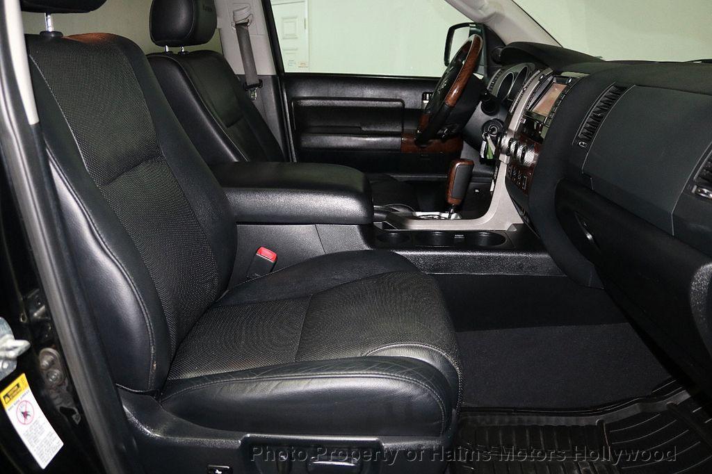 2010 Toyota Tundra CrewMax 5.7L FFV V8 6-Speed Automatic LTD - 17891735 - 16