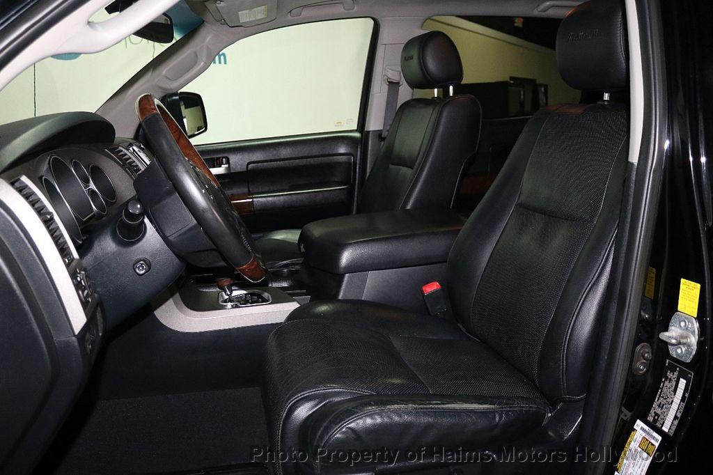 2010 Toyota Tundra CrewMax 5.7L FFV V8 6-Speed Automatic LTD - 17891735 - 19