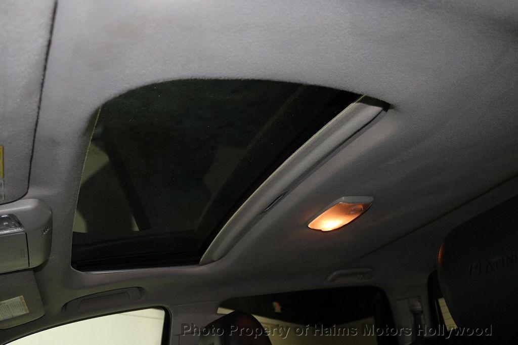 2010 Toyota Tundra CrewMax 5.7L FFV V8 6-Speed Automatic LTD - 17891735 - 20