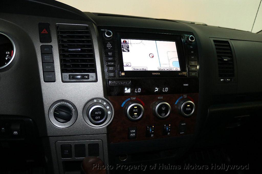 2010 Toyota Tundra CrewMax 5.7L FFV V8 6-Speed Automatic LTD - 17891735 - 22