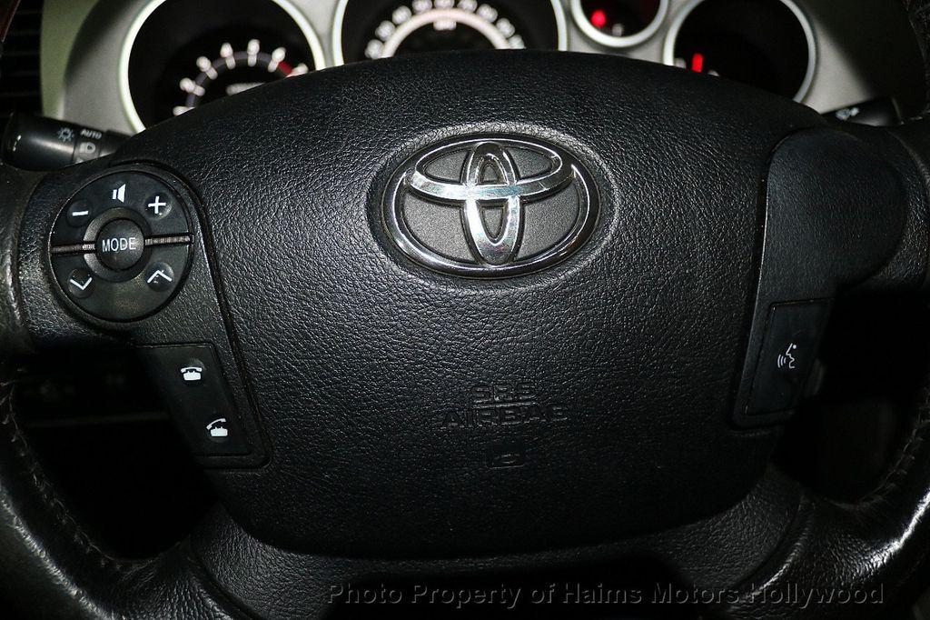 2010 Toyota Tundra CrewMax 5.7L FFV V8 6-Speed Automatic LTD - 17891735 - 30