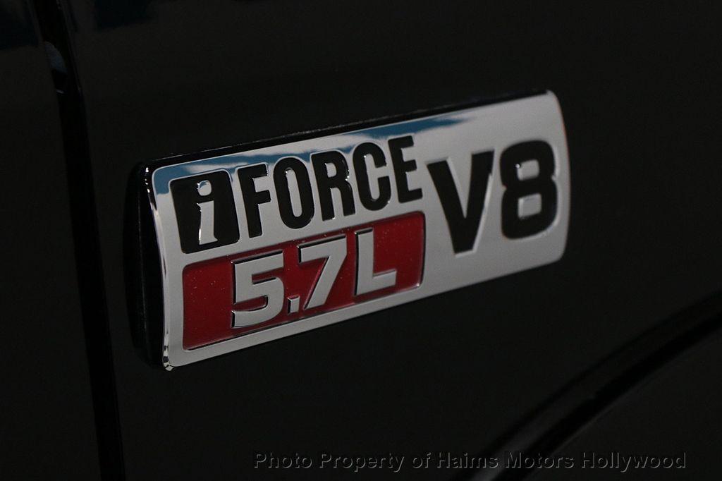 2010 Toyota Tundra CrewMax 5.7L FFV V8 6-Speed Automatic LTD - 17891735 - 7