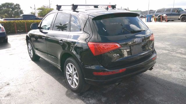 2011 Audi Q5 quattro 4dr 2.0T Premium Plus - Click to see full-size photo viewer