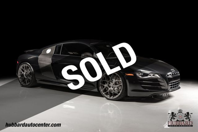 2011 Audi R8 Loaded w/ factory carbon fiber options & aftermarket HRE wheels