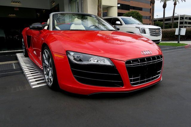2011 Audi R8 Spyder 2dr Conv Auto quattro Spyder 5.2L - Click to see full-size photo viewer
