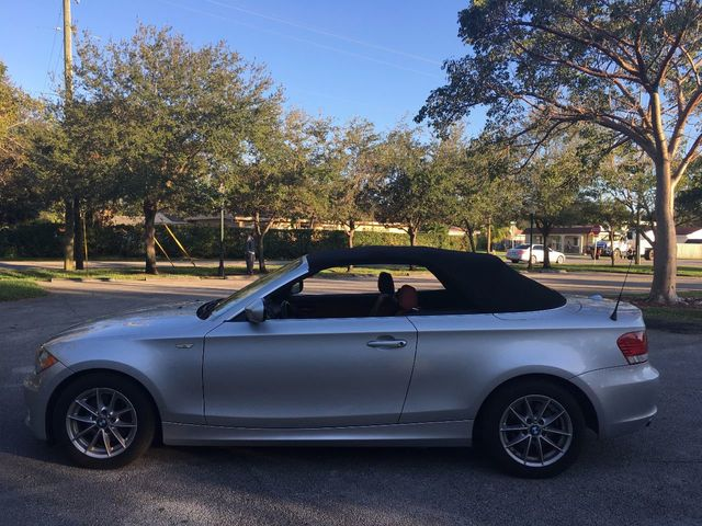 2011 BMW 1 Series 128i - Click to see full-size photo viewer