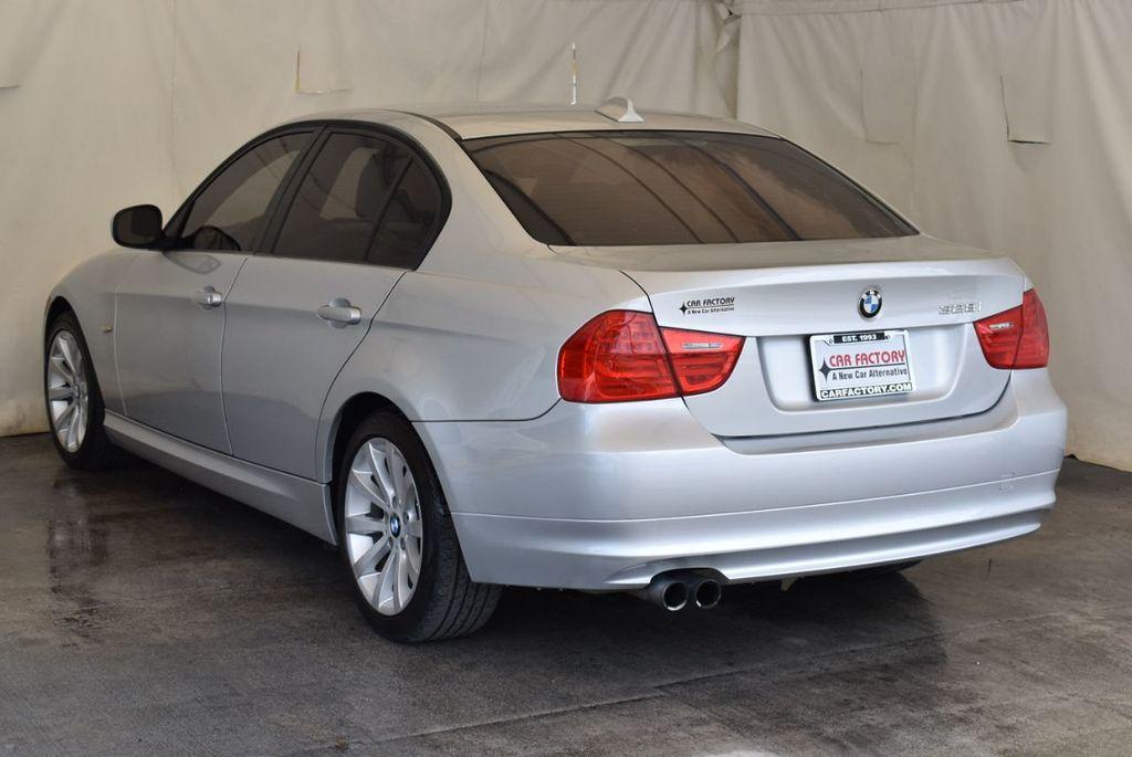 2011 BMW 3 Series 328i - 18250207 - 4