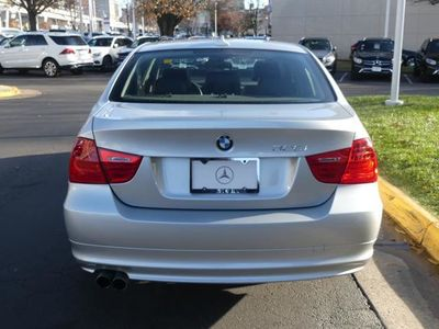 2011 BMW 3 Series 328i Sedan - Click to see full-size photo viewer