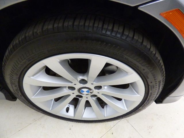2011 BMW 3 Series 328i xDrive - Click to see full-size photo viewer