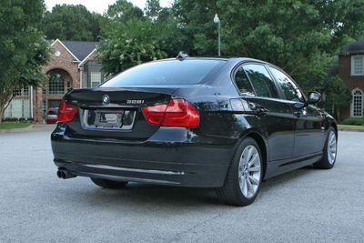 2011 BMW 3 Series 328i xDrive Sedan - Click to see full-size photo viewer