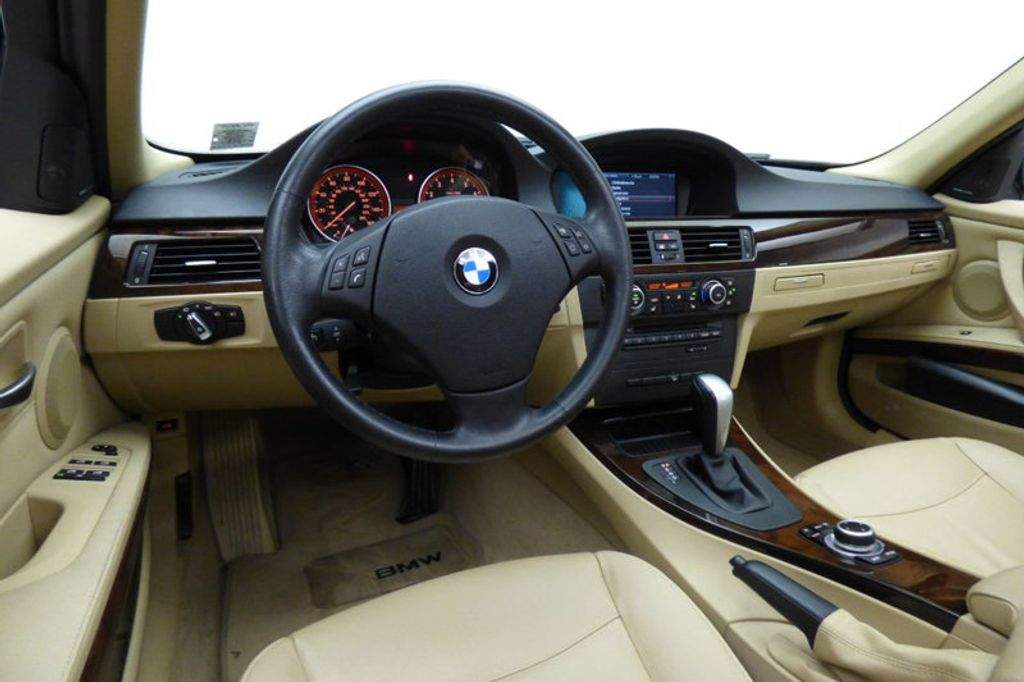 2011 BMW 3 Series 335i xDrive - 18006311 - 24
