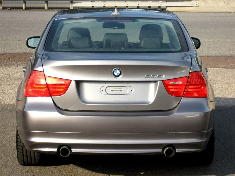 2011 BMW 3 Series 335i xDrive - 19208262 - 13