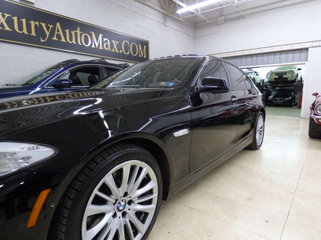2011 BMW 5 Series 550i - Click to see full-size photo viewer
