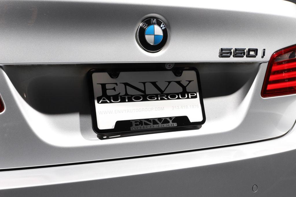 2011 BMW 5 Series 550i xDrive - 18193519 - 15