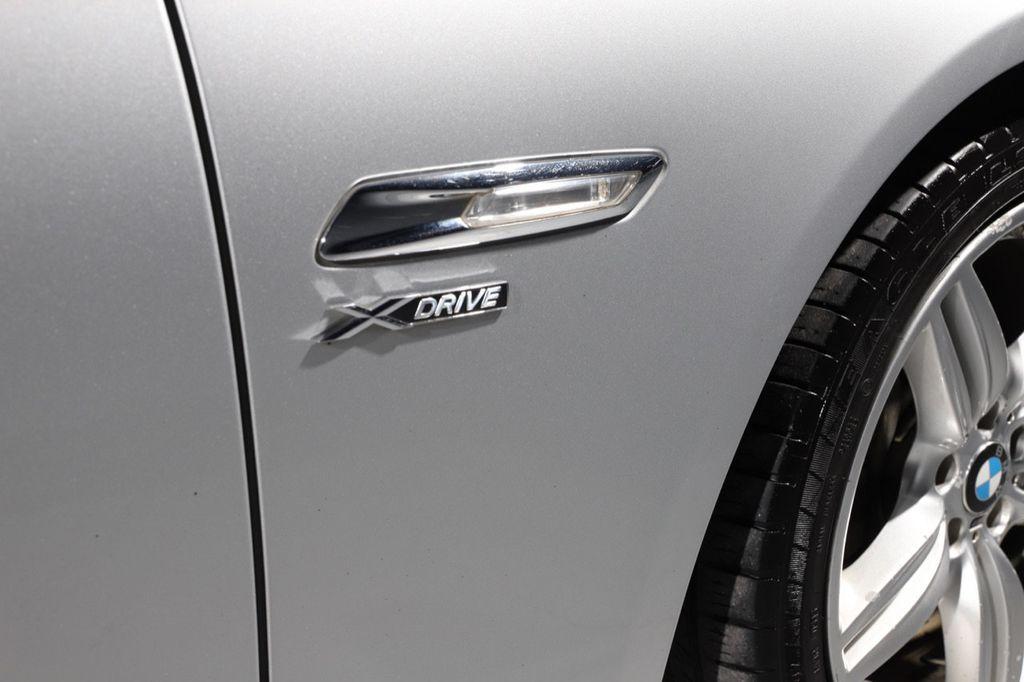 2011 BMW 5 Series 550i xDrive - 18193519 - 24