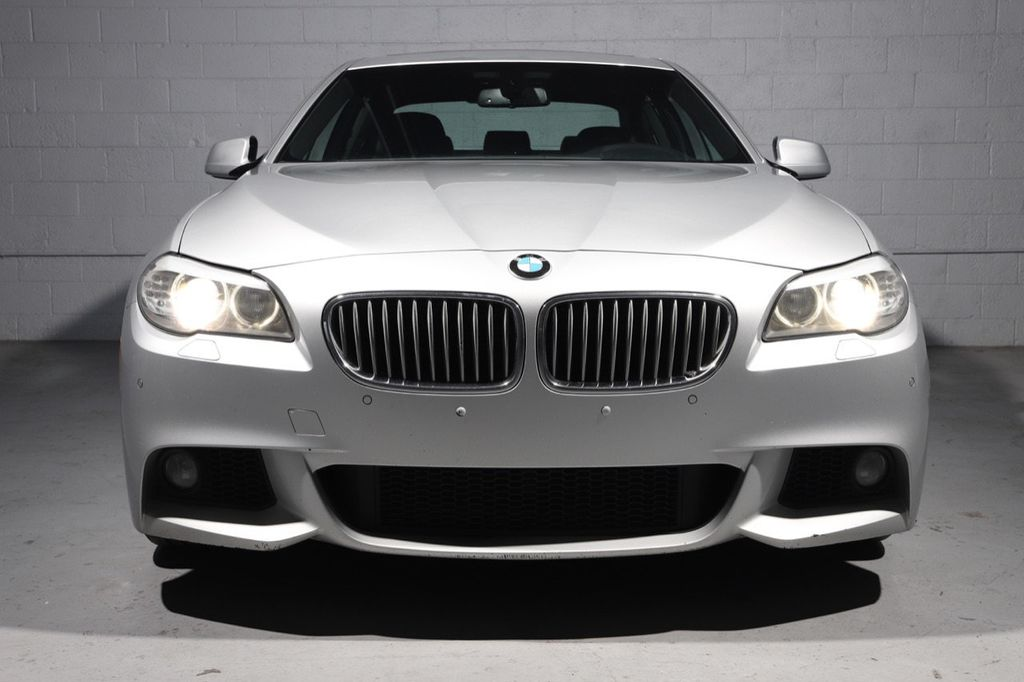 2011 BMW 5 Series 550i xDrive - 18193519 - 2