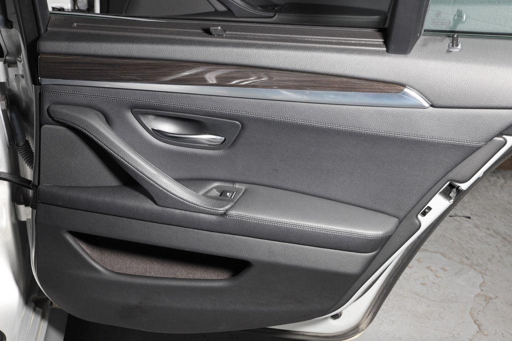 2011 BMW 5 Series 550i xDrive - 18193519 - 41