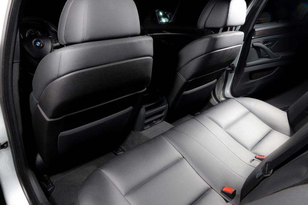 2011 BMW 5 Series 550i xDrive - 18193519 - 58