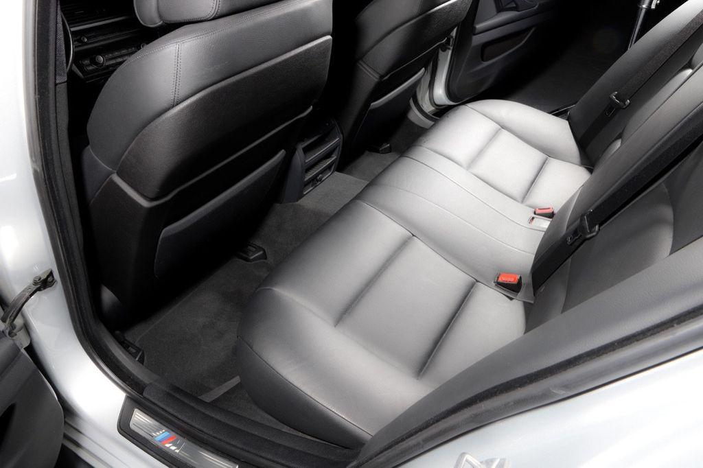 2011 BMW 5 Series 550i xDrive - 18193519 - 59