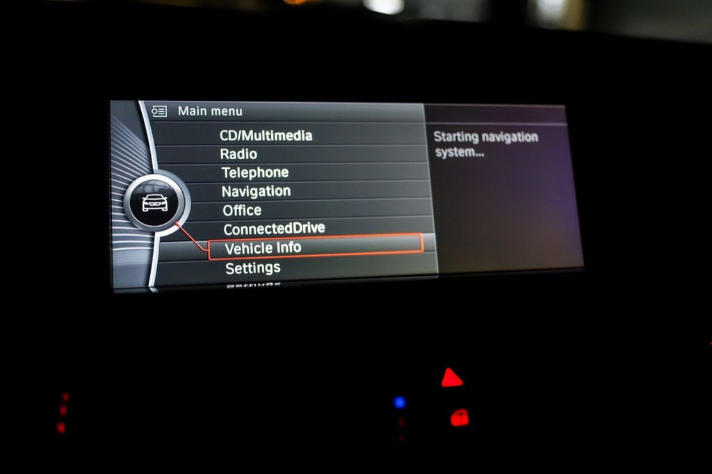 2011 BMW 5 Series 550i xDrive - 18193519 - 60