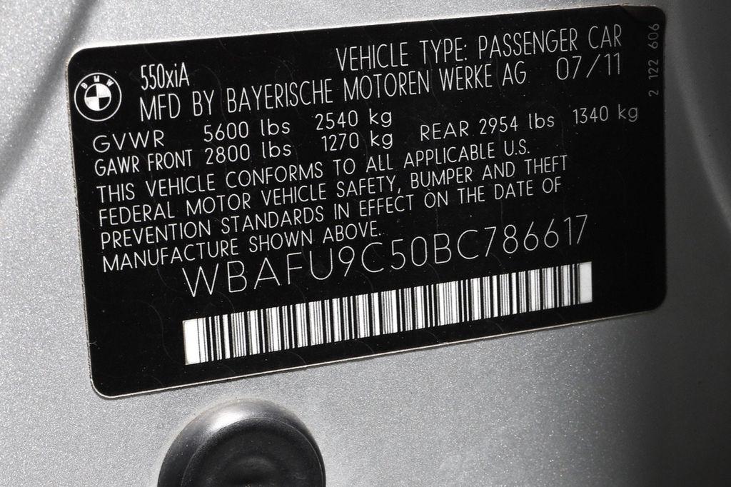 2011 BMW 5 Series 550i xDrive - 18193519 - 62