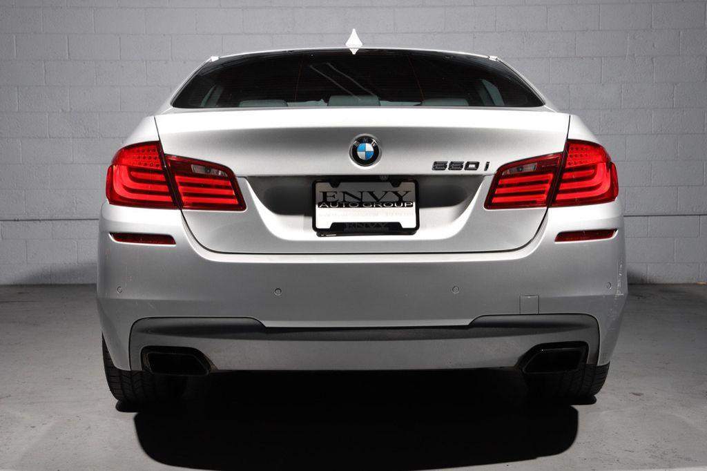 2011 BMW 5 Series 550i xDrive - 18193519 - 6