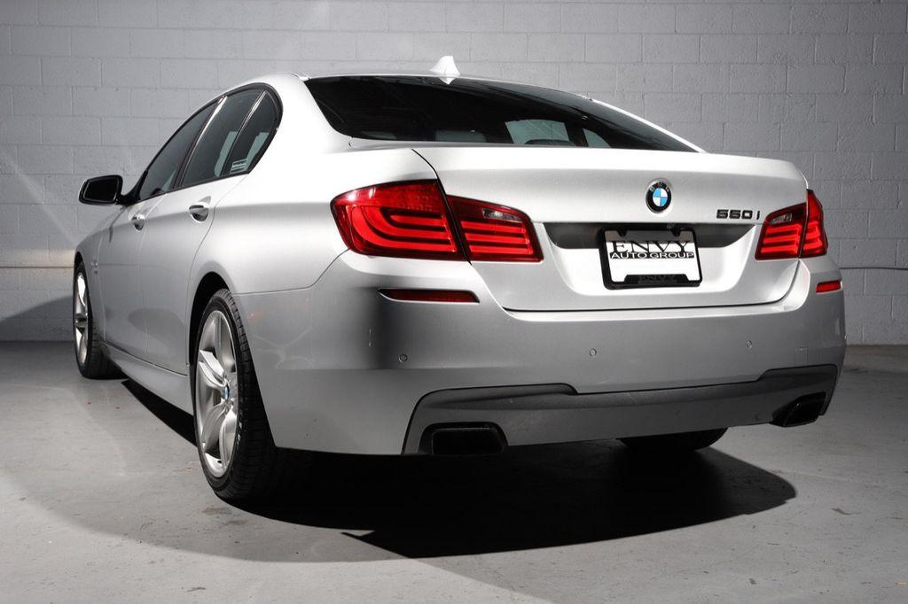 2011 BMW 5 Series 550i xDrive - 18193519 - 7