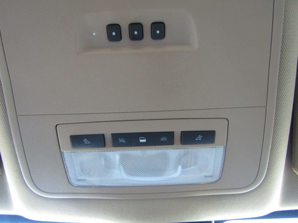 2011 Buick LaCrosse 4dr Sedan CX - 17576705 - 21