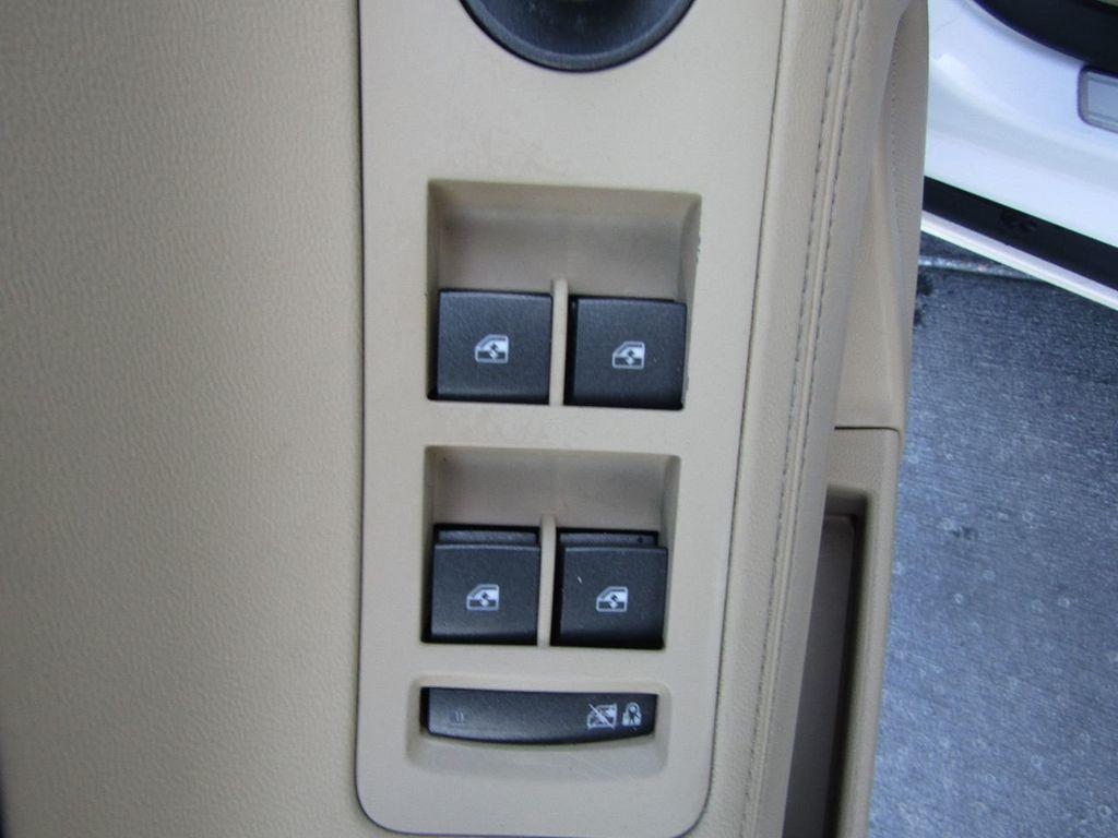 2011 Buick LaCrosse 4dr Sedan CX - 17576705 - 25