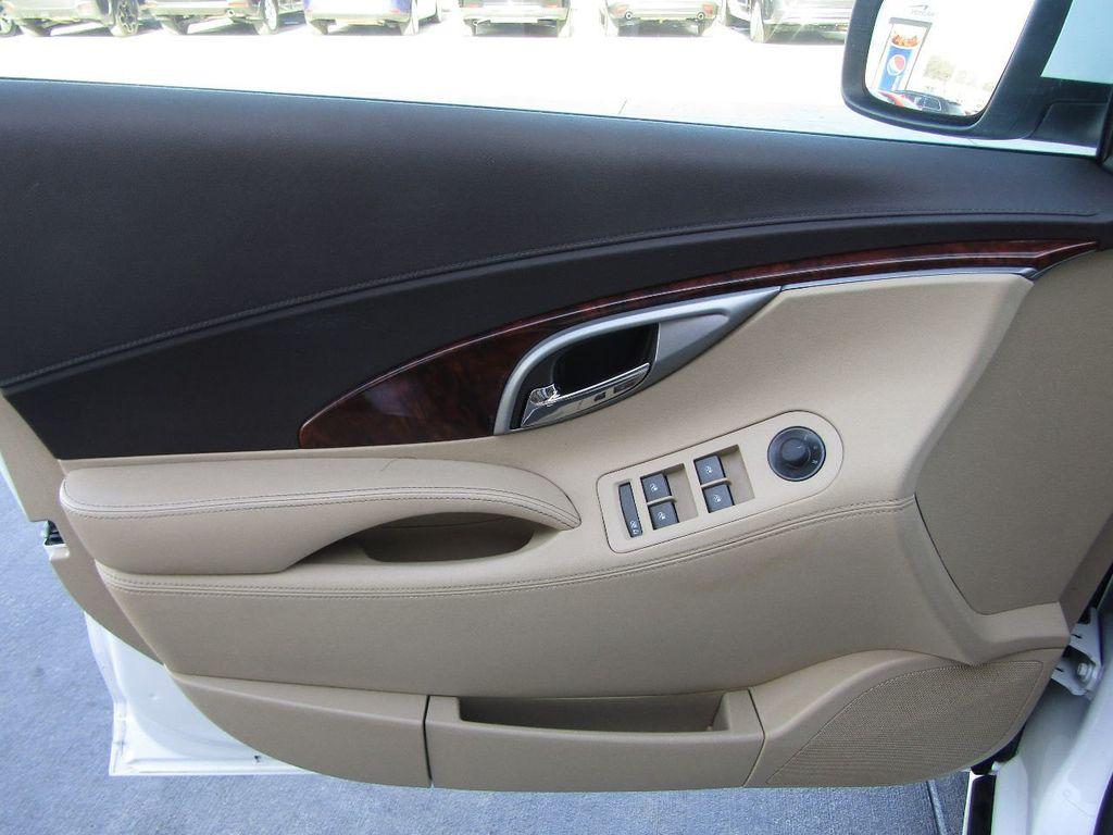 2011 Buick LaCrosse 4dr Sedan CX - 17576705 - 28