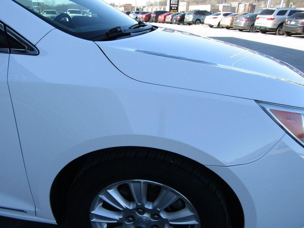 2011 Buick LaCrosse 4dr Sedan CX - 17576705 - 35