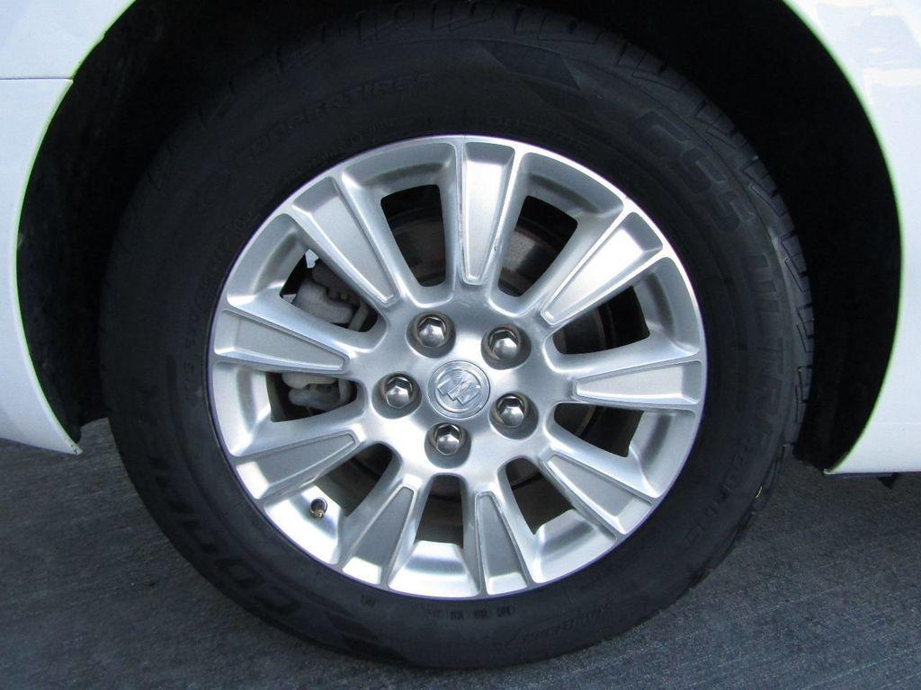 2011 Buick LaCrosse 4dr Sedan CX - 17576705 - 41