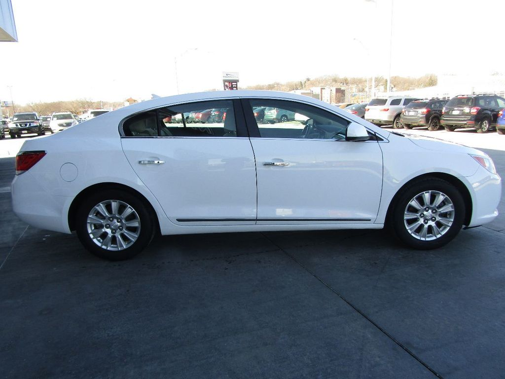 2011 Buick LaCrosse 4dr Sedan CX - 17576705 - 6