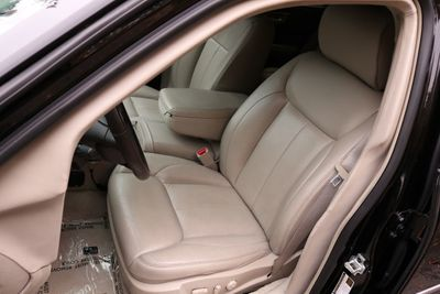2011 Cadillac DTS Professional - Click to see full-size photo viewer