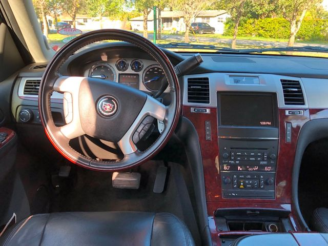 2011 Cadillac Escalade 2WD 4dr - Click to see full-size photo viewer