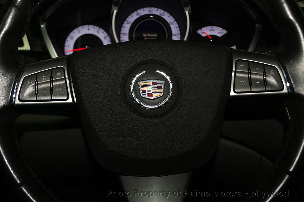 2011 Cadillac SRX FWD 4dr Premium Collection - 16876758 - 26
