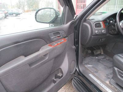2011 Chevrolet Avalanche 4WD Crew Cab LTZ - Click to see full-size photo viewer