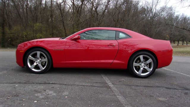 2011 Chevrolet Camaro 2dr Coupe 2LT