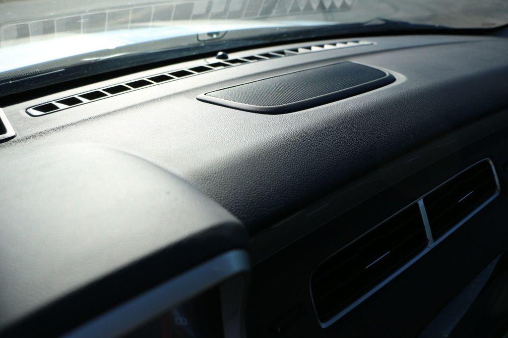 2011 Chevrolet Camaro Synergy - 18505266 - 52