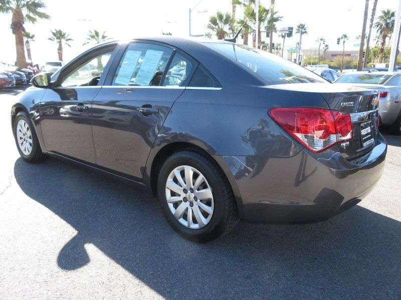 2011 Chevrolet CRUZE 4dr Sedan LS - 17407170 - 9