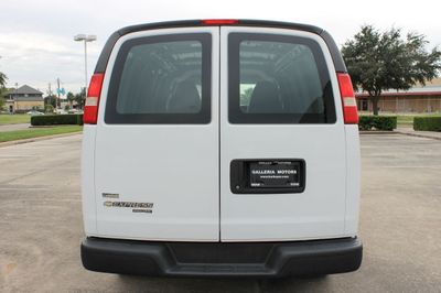 2011 Chevrolet Express 2500 Cargo  - Click to see full-size photo viewer