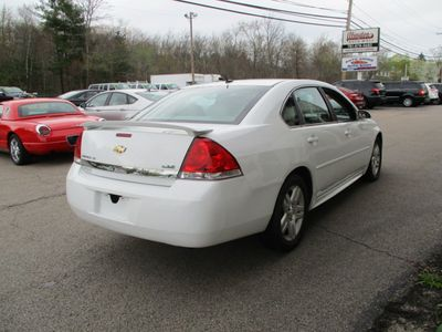 2011 Chevrolet Impala LT - Click to see full-size photo viewer