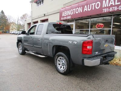 """2011 Chevrolet Silverado 1500 2WD Crew Cab 143.5"""" LS - Click to see full-size photo viewer"""