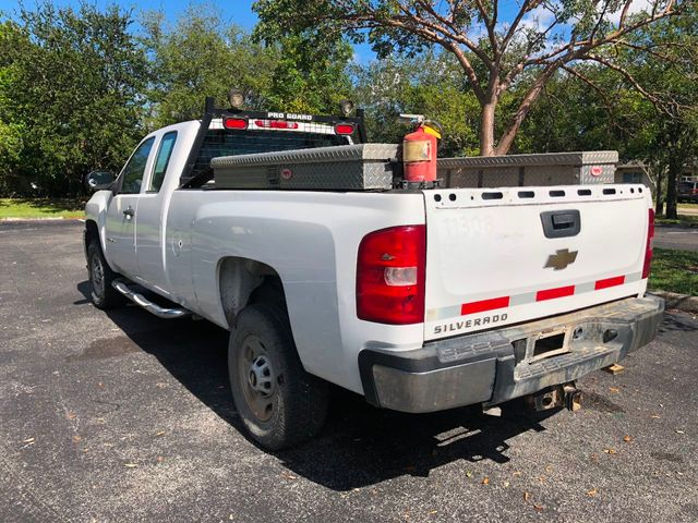 "2011 Chevrolet Silverado 2500HD 2WD Ext Cab 144.2"" Work Truck - Click to see full-size photo viewer"