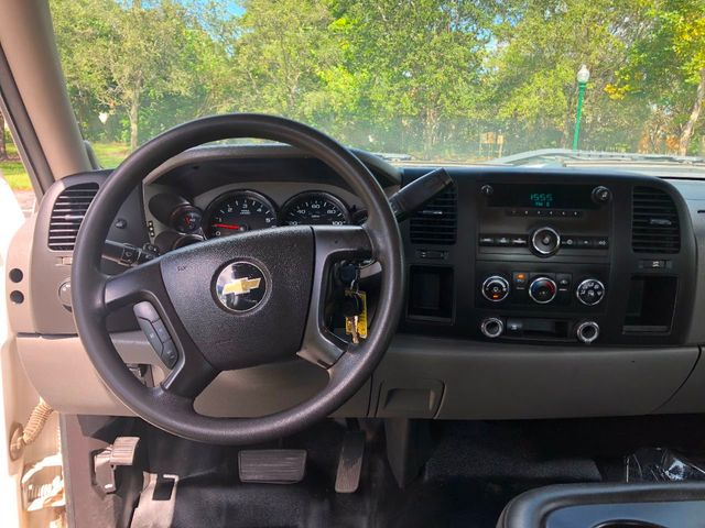 """2011 Chevrolet Silverado 2500HD 2WD Ext Cab 144.2"""" Work Truck - Click to see full-size photo viewer"""