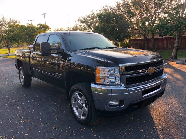 "2011 Chevrolet Silverado 2500HD 4WD Crew Cab 153.7"" LTZ - Click to see full-size photo viewer"