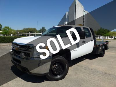2011 Chevrolet Silverado 3500HD Diesel 6.6L V8 4WD Crew Cab Work Truck - Click to see full-size photo viewer