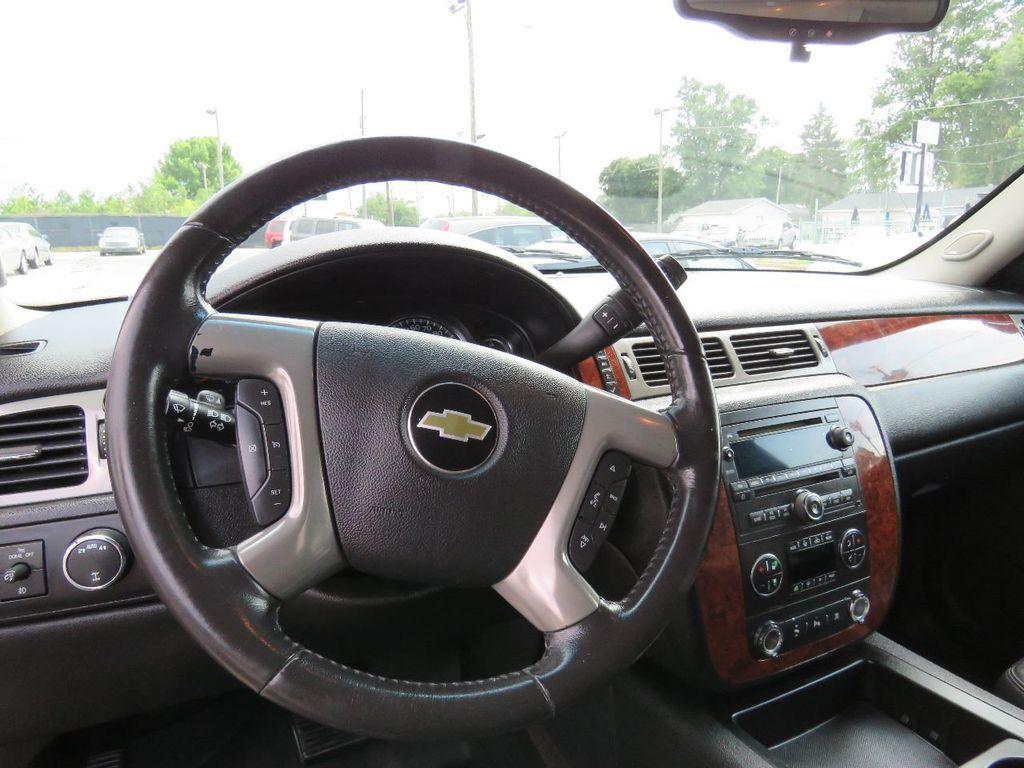 2011 Chevrolet Tahoe 2011 CHEVY TAHOE LT SUV FLEX FUEL 4WD - 17823115 - 26