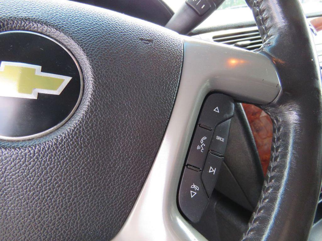 2011 Chevrolet Tahoe 2011 CHEVY TAHOE LT SUV FLEX FUEL 4WD - 17823115 - 28
